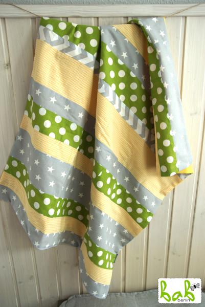 Babydecke, Kinderdecke, Kuscheldecke Patchwork mit Fleece in Gelb Grün Grau