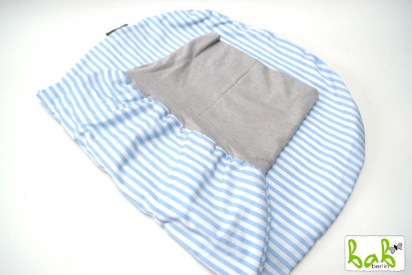 Strampelsack Baby 0-6 Monate Pucksack Schlafsack gefüttert oder ungefüttert in Hellblau Streifen